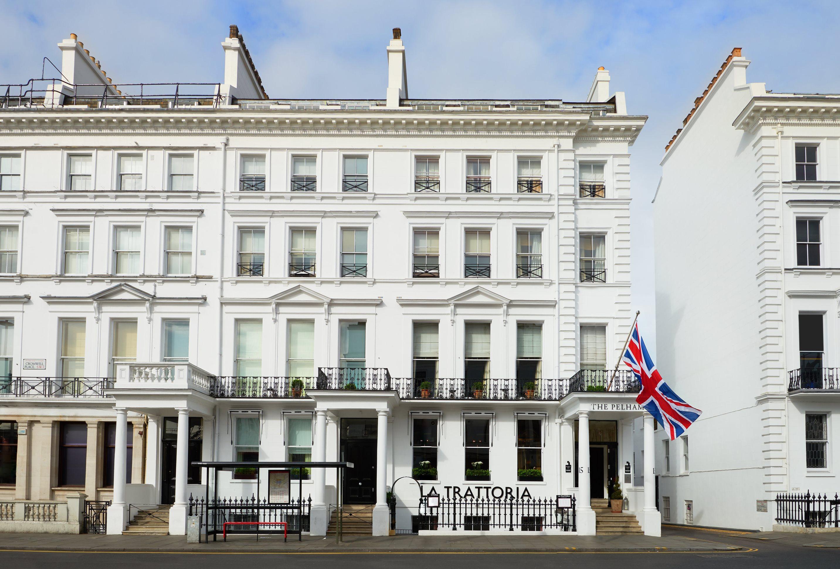staycation at the pelham hotel london kensington mums. Black Bedroom Furniture Sets. Home Design Ideas