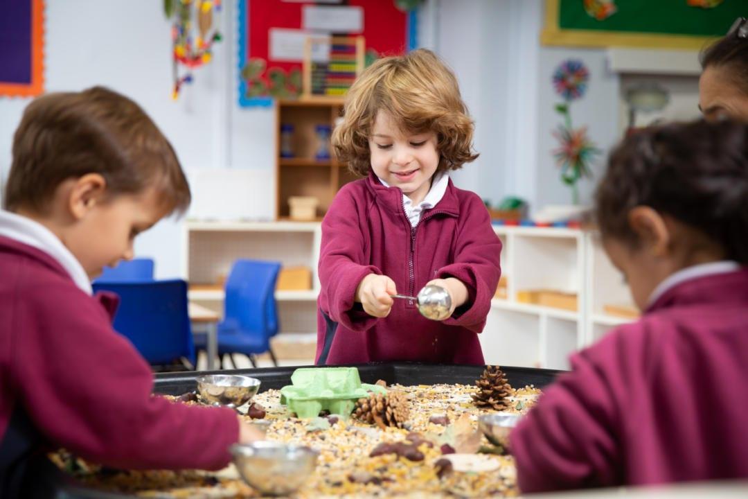 Learning Through Play >> Learning Through Play Kensington Mums